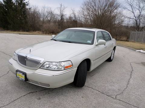 2004 Lincoln Town Car for sale at Grand Prize Cars in Cedar Lake IN