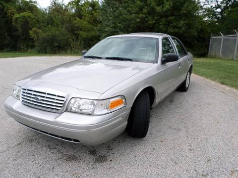 2003 Ford Crown Victoria for sale at Grand Prize Cars in Cedar Lake IN