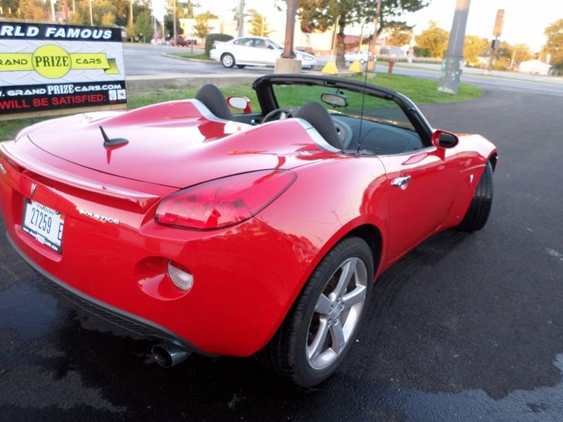 2008 pontiac solstice 2dr convertible in cedar lake in. Black Bedroom Furniture Sets. Home Design Ideas