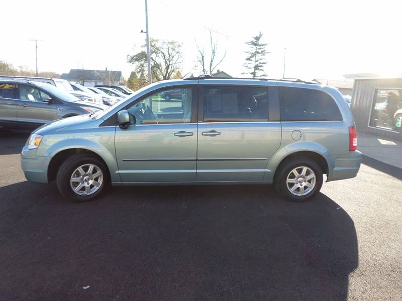 2010 chrysler town and country touring 4dr mini van in cedar lake in. Cars Review. Best American Auto & Cars Review