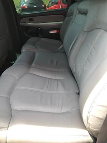 2001 Chevrolet Tahoe LS 2WD 4dr SUV - Jackson MO