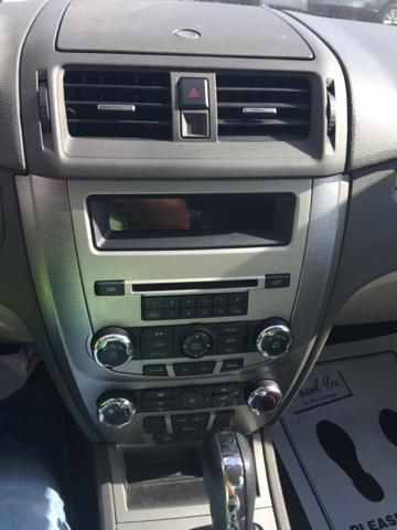 2012 Ford Fusion S 4dr Sedan - Jackson MO