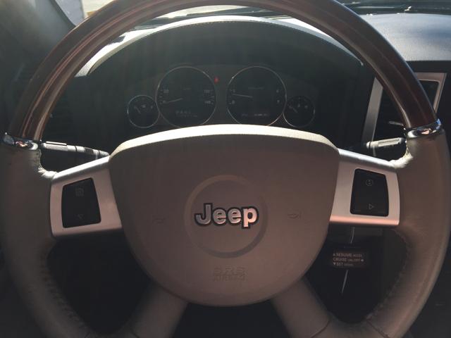2009 Jeep Grand Cherokee 4x4 Overland 4dr SUV - Jackson MO
