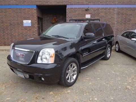 2009 GMC Yukon XL for sale in Shakopee, MN