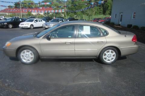 2007 Ford Taurus for sale at Burgess Motors Inc in Michigan City IN