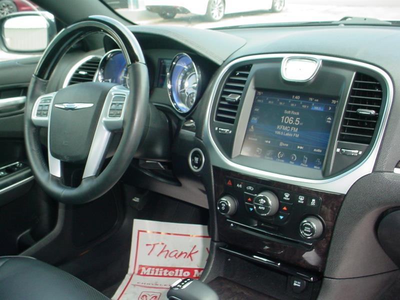 2014 Chrysler 300 C AWD 4dr Sedan