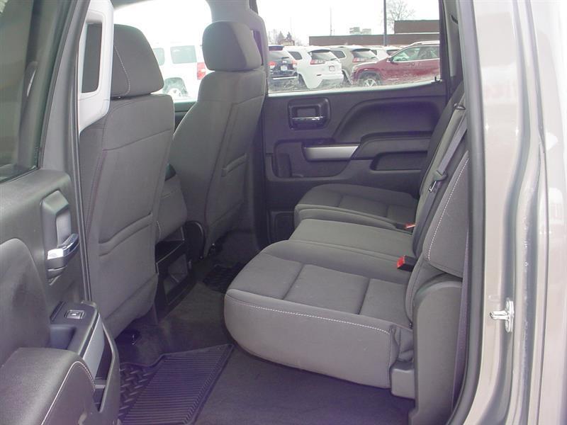 2017 Chevrolet Silverado 1500 LT 4x4 4dr Crew Cab 5.8 ft. SB