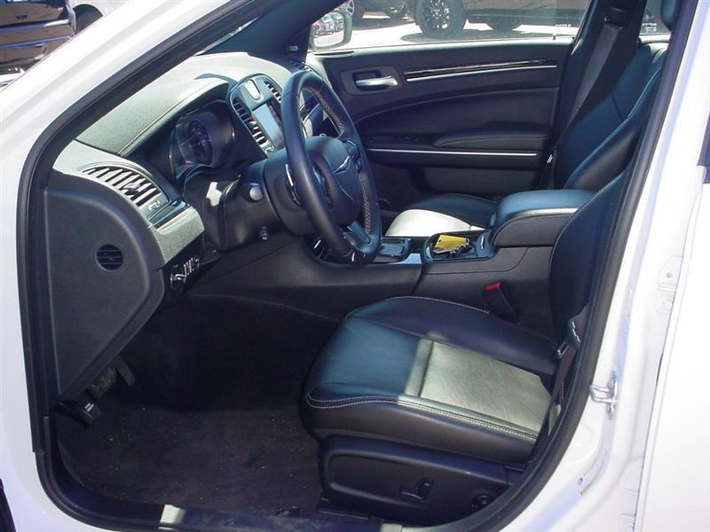 2018 Chrysler 300 S AWD 4dr Sedan