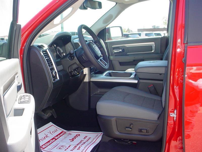 2019 RAM 1500 CLASSIC WARLOCK QUAD CAB 4X4 6