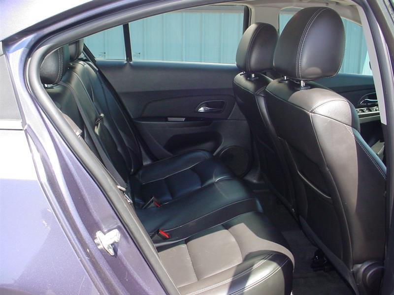 2011 Chevrolet Cruze LT 4dr Sedan w/2LT