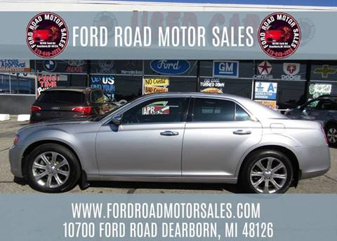2013 Chrysler 300 for sale in Dearborn, MI