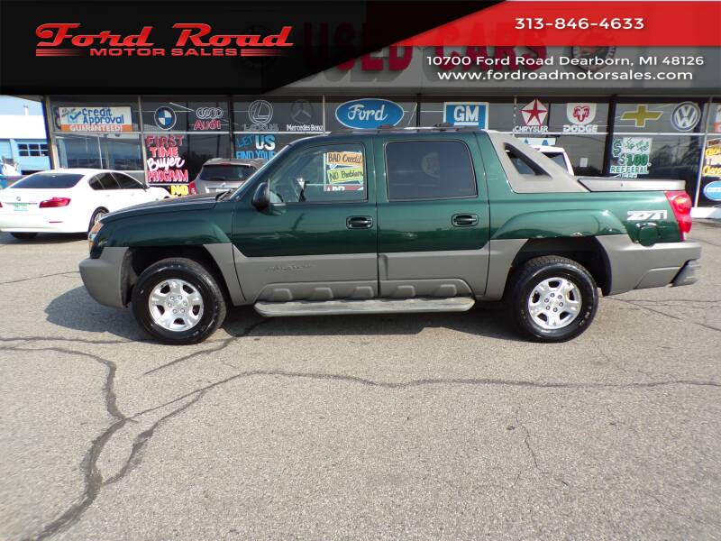 2002 Chevrolet Avalanche for sale at Ford Road Motor Sales in Dearborn MI
