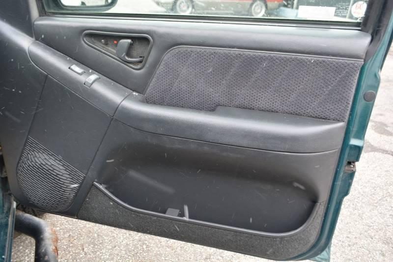 1996 Chevrolet Blazer 4dr 4WD SUV - Dearborn MI