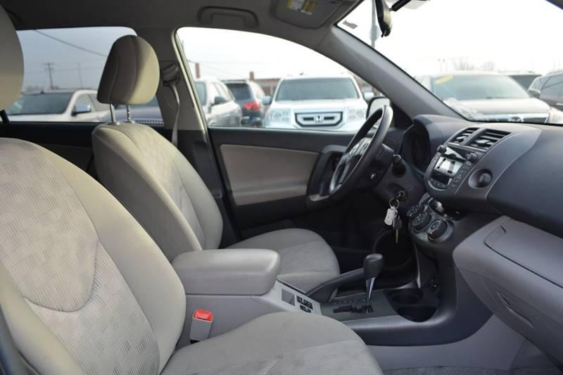 2010 Toyota RAV4 4x4 4dr SUV - Dearborn MI