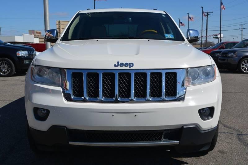 2011 Jeep Grand Cherokee 4x4 Overland 4dr SUV - Dearborn MI