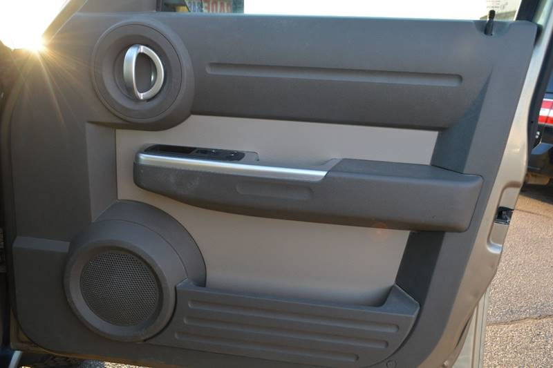 2007 Dodge Nitro 4WD SLT 4dr SUV - Dearborn MI