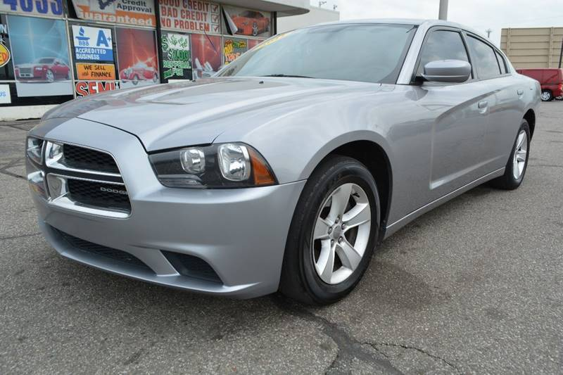 2011 Dodge Charger SE 4dr Sedan - Dearborn MI