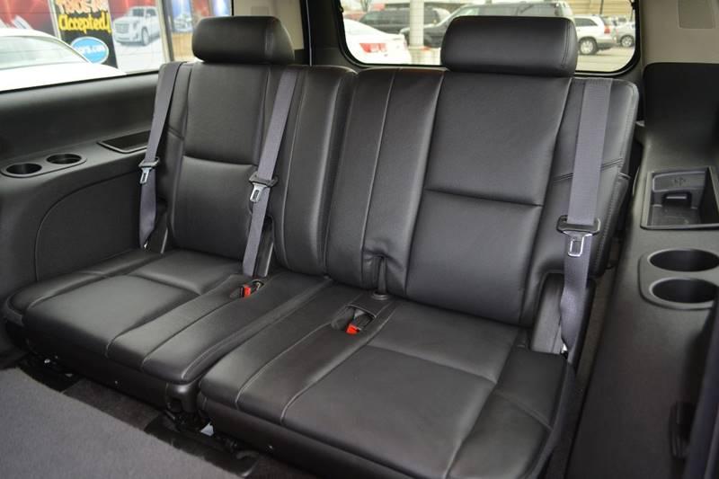 2011 Chevrolet Suburban 4x4 LTZ 1500 4dr SUV - Dearborn MI