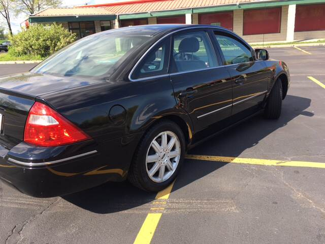 2006 Ford Five Hundred AWD Limited 4dr Sedan - South Elgin IL