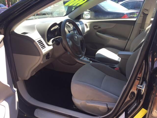 2010 Toyota Corolla LE 4dr Sedan 4A - Elgin IL