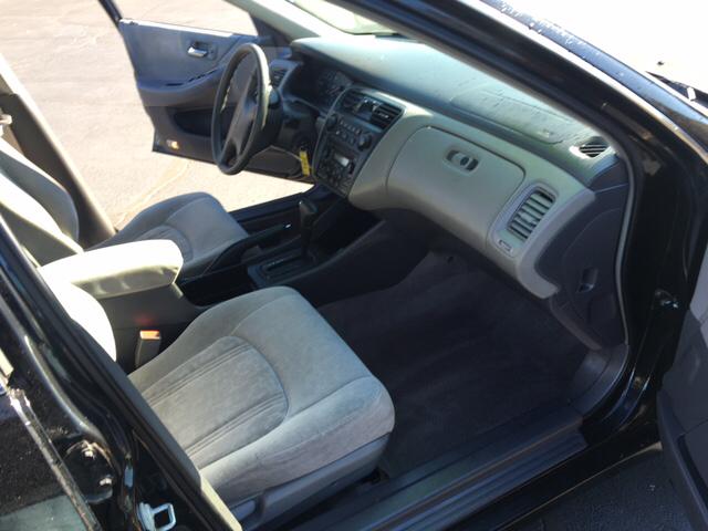 1999 Honda Accord EX 4dr Sedan - South Elgin IL