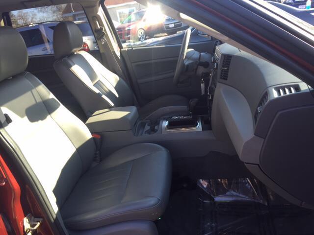 2007 Jeep Grand Cherokee Laredo 4dr SUV 4WD - Elgin IL