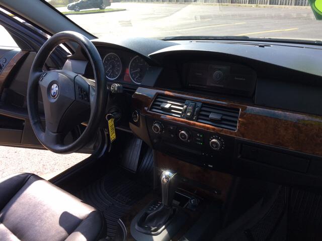 2007 BMW 5 Series 530xi AWD 4dr Sedan - South Elgin IL