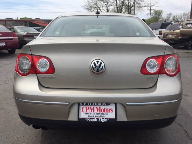 2006 Volkswagen Passat 2.0T 4dr Sedan w/Automatic - South Elgin IL