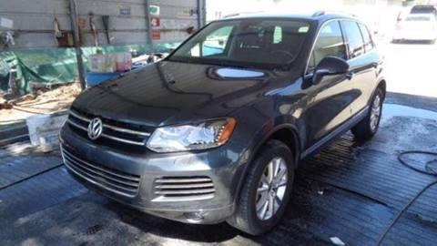 2014 Volkswagen Touareg for sale in Ocoee, FL