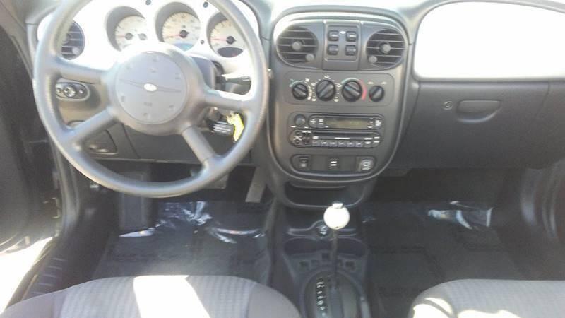 2005 Chrysler PT Cruiser Touring (image 10)