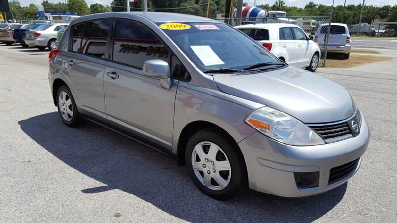 2009 Nissan Versa 1.8 S 4dr Hatchback 4A - Gibsonton FL