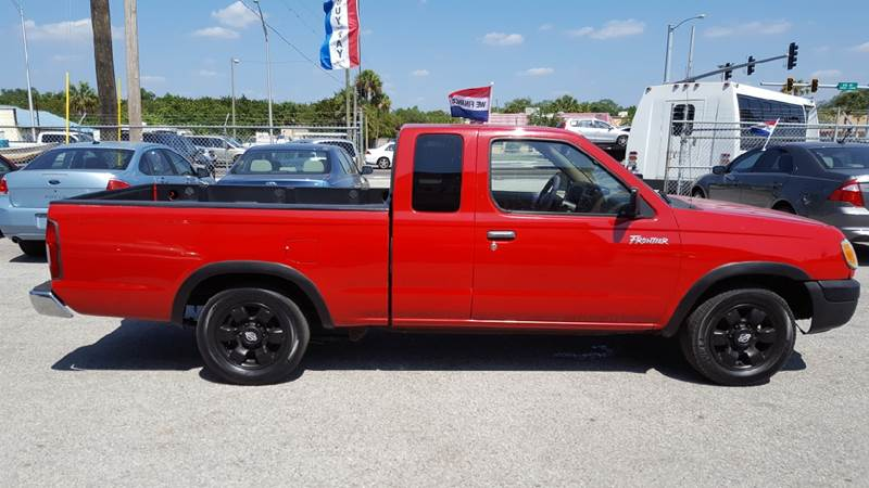 1999 Nissan Frontier 2dr XE Extended Cab SB - Gibsonton FL