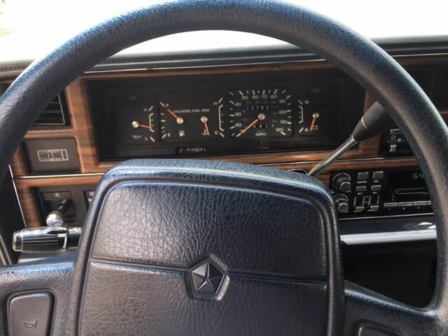 1991 Chrysler New Yorker Salon 4dr Sedan - Jackson MO