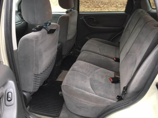 2004 Mazda Tribute LX-V6 4WD 4dr SUV - Jackson MO