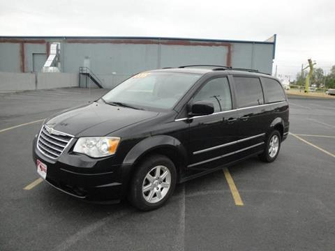 2009 Chrysler Town and Country for sale in Cincinnati, OH