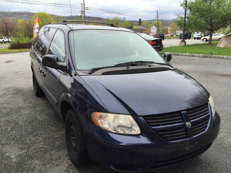 2005 Dodge Grand Caravan SE Plus 4dr Extended Mini-Van w/ Front, Rear and Third Row Head Airbags - Wantage NJ