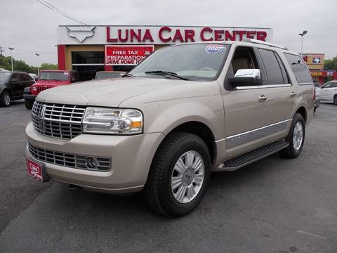 2007 Lincoln Navigator for sale at LUNA CAR CENTER in San Antonio TX