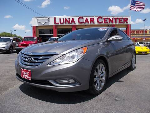 2013 Hyundai Sonata for sale at LUNA CAR CENTER in San Antonio TX