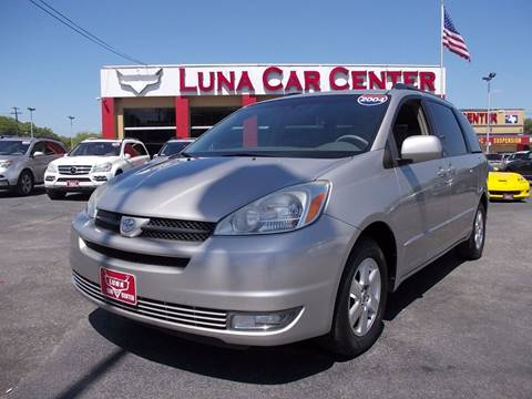 2004 Toyota Sienna for sale at LUNA CAR CENTER in San Antonio TX