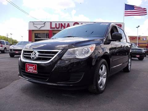 2009 Volkswagen Routan for sale at LUNA CAR CENTER in San Antonio TX