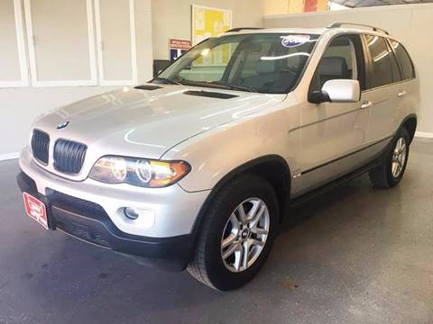 2005 BMW X5 for sale at LUNA CAR CENTER in San Antonio TX
