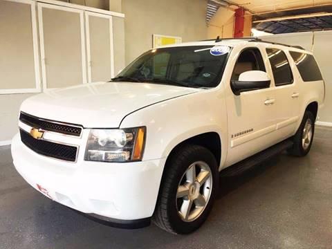 2007 Chevrolet Suburban for sale at LUNA CAR CENTER in San Antonio TX