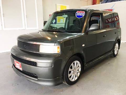 2005 Scion xB for sale at LUNA CAR CENTER in San Antonio TX