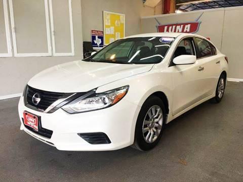 2016 Nissan Altima for sale at LUNA CAR CENTER in San Antonio TX