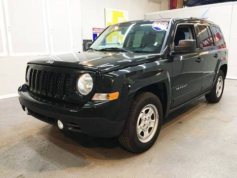 2016 Jeep Patriot for sale at LUNA CAR CENTER in San Antonio TX