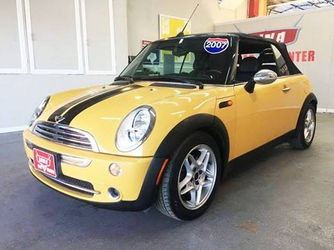 2007 MINI Cooper for sale at LUNA CAR CENTER in San Antonio TX