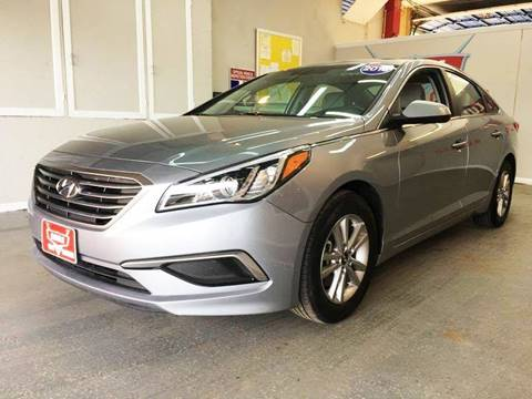 2016 Hyundai Sonata for sale at LUNA CAR CENTER in San Antonio TX