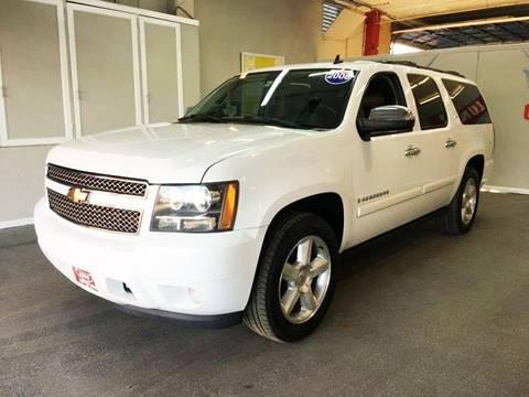 2008 Chevrolet Suburban for sale at LUNA CAR CENTER in San Antonio TX