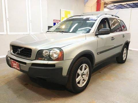 2004 Volvo XC90 for sale at LUNA CAR CENTER in San Antonio TX