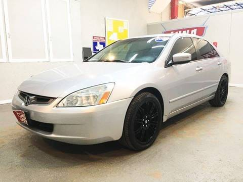 2005 Honda Accord for sale at LUNA CAR CENTER in San Antonio TX